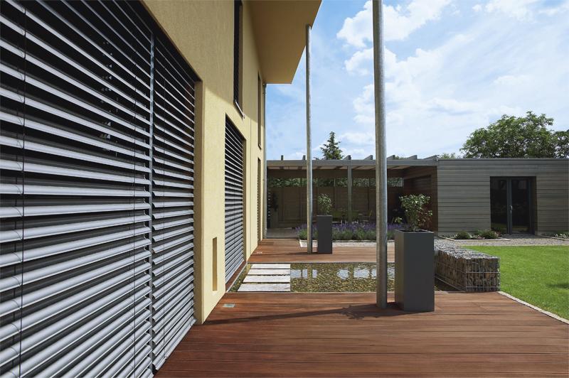 Store extérieur - Brise-soleil orientable
